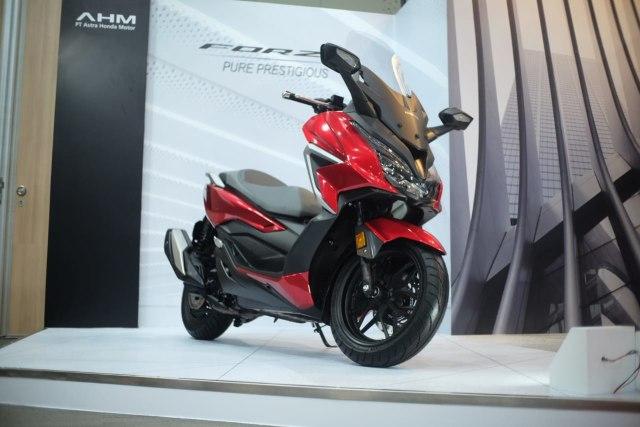 Spesifikasi dan Fitur Honda Forza 2021 yang Diskon Rp 12 Juta, Tertarik? (126975)