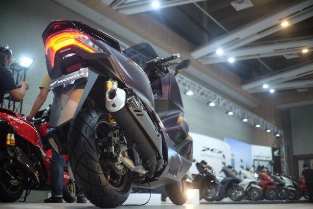 Baru Meluncur, All New Honda PCX 160 Langsung Dirombak ala Premium Luxury  (5707)