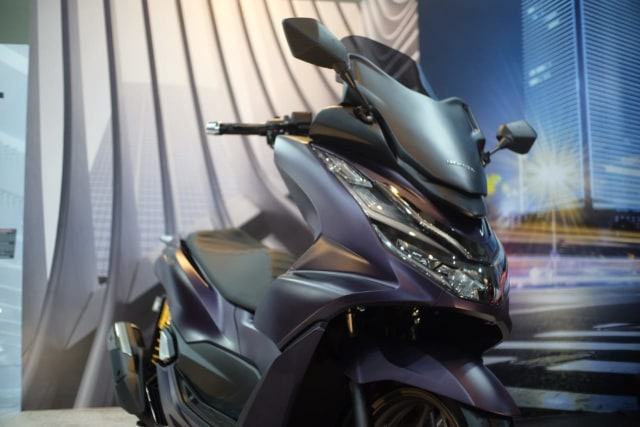 Baru Meluncur, All New Honda PCX 160 Langsung Dirombak ala Premium Luxury  (5706)