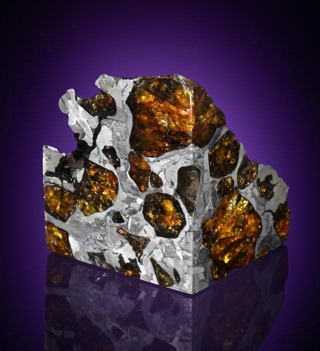 Batu Antariksa Meteorit Dilelang Online, Harganya Bisa Tembus Rp 1,1 Miliar (347389)