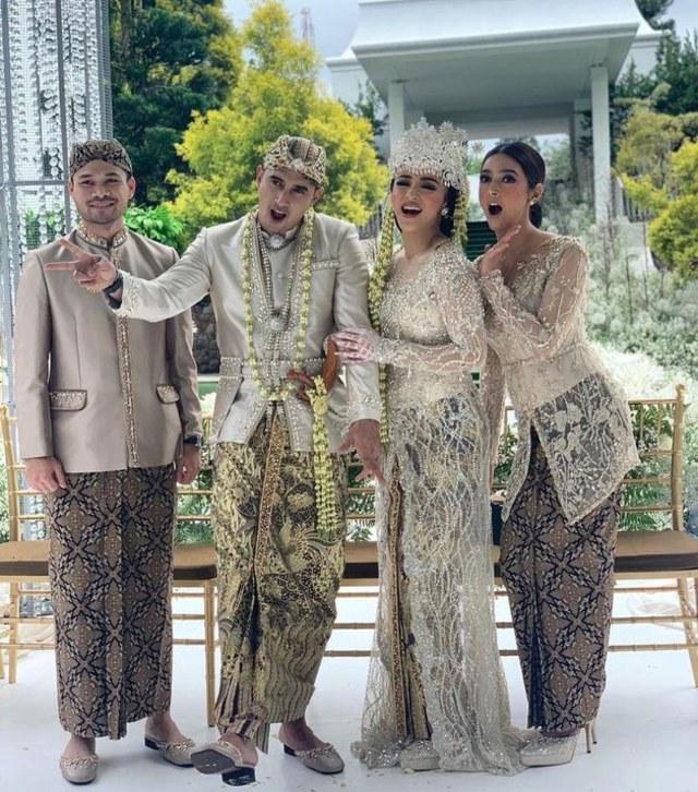 5 Pesona Nabila Syakieb di Acara Pernikahan Ali Syakieb dan Margin Wieheerm (90289)