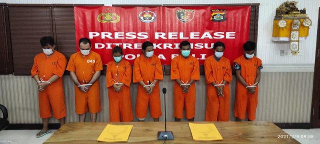 Polisi Tangkap 7 Pelaku Skimming  yang Bobol 1.000 Kartu ATM Nasabah Bank (34907)