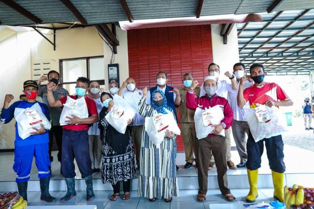 Pemkot Bandung, Apresiasi Gerindra Bantu Warga Babakan Ciparay (4434)