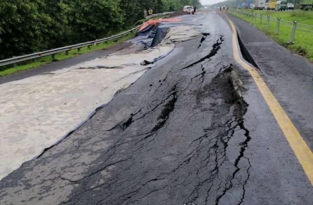 Perbaikan Jalan Tol Cipali yang Amblas sampai 1,5 Bulan, Ini Rute Alternatifnya (288431)