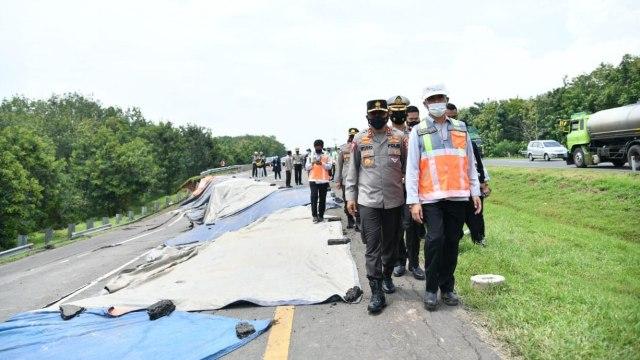 Fakta-fakta Amblasnya Ruas Tol Cipali KM 122 Arah Jakarta (65867)