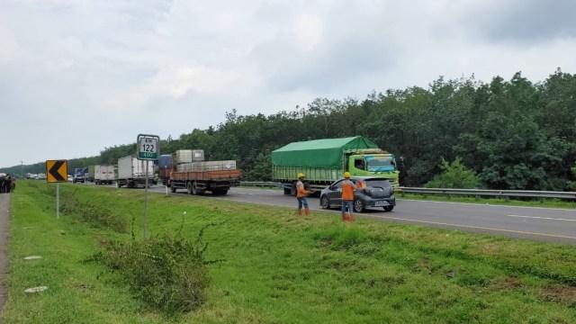 Perbaikan Jalan Tol Cipali yang Amblas sampai 1,5 Bulan, Ini Rute Alternatifnya (288434)