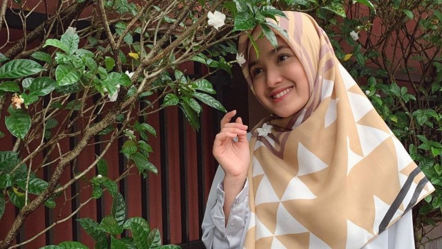 Cut Syifa Ceritakan Detik-detik Momen saat Mantap Memutuskan Berhijab (56647)