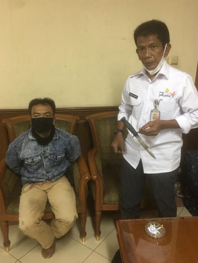 Kriminal Jabodetabek: Plt Kadis Parekraf DKI Ditusuk; Praktik Aborsi di Bekasi (87691)