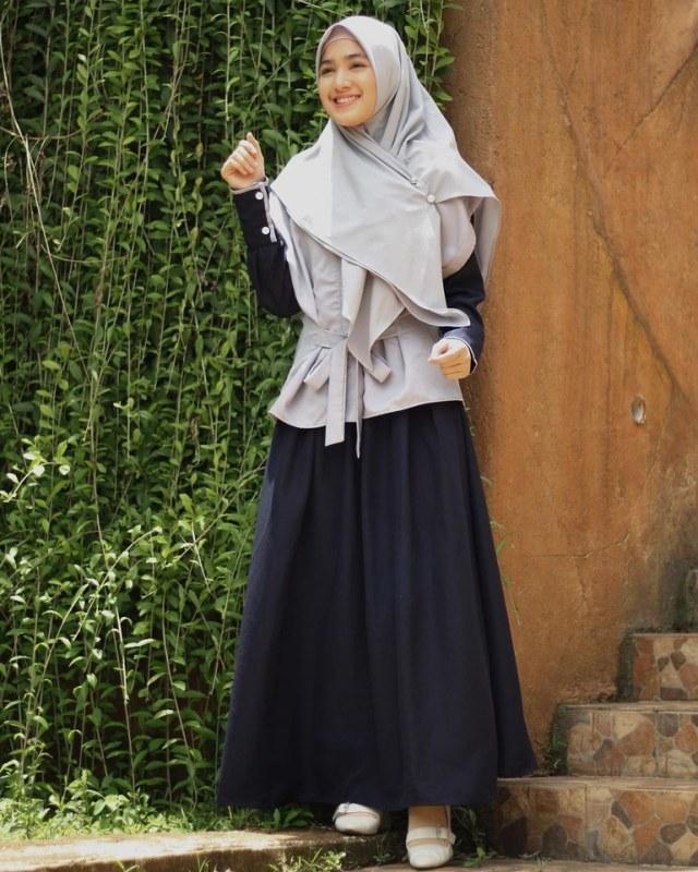 Bikin Adem, 7 Pesona Cut Syifa yang Kini Mantap Pakai Hijab (19933)