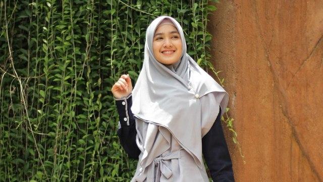 Bikin Adem, 7 Pesona Cut Syifa yang Kini Mantap Pakai Hijab (19937)