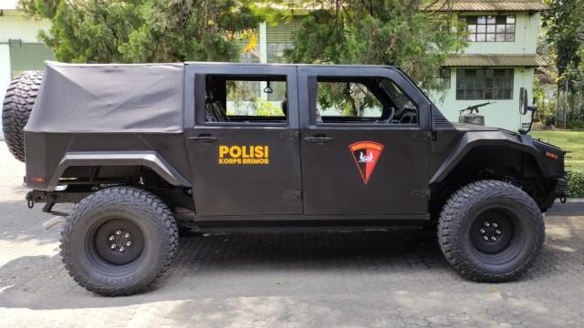 Berita Populer: Polisi Pesan Rantis Maung; Harga Mobil LCGC (62603)