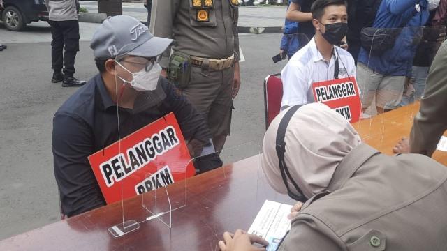 3 Pengendara Moge yang Langgar Ganjil Genap di Bogor Didenda Rp 250 Ribu (293039)