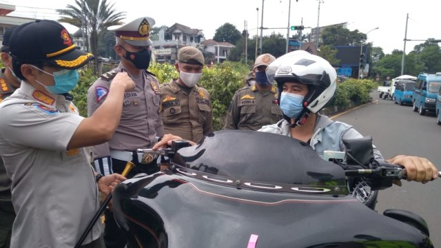 Komunitas Moge Respons Penggolongan SIM C1 dan C2: Cegah Arogansi Pemotor (118610)