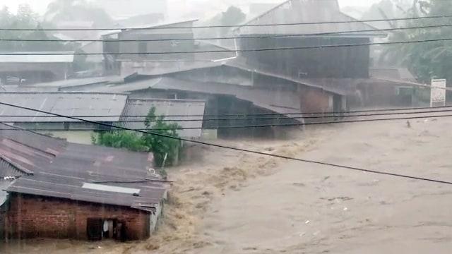 Ada Peringatan Dini Cuaca Ekstrim dari BMKG, Manado Terancam Banjir (Lagi) (28122)