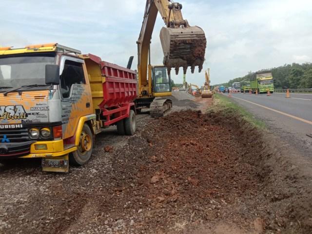 Proyek Jalan Sementara di Tol Cipali yang Amblas Ditargetkan Selesai 10 Hari  (32891)