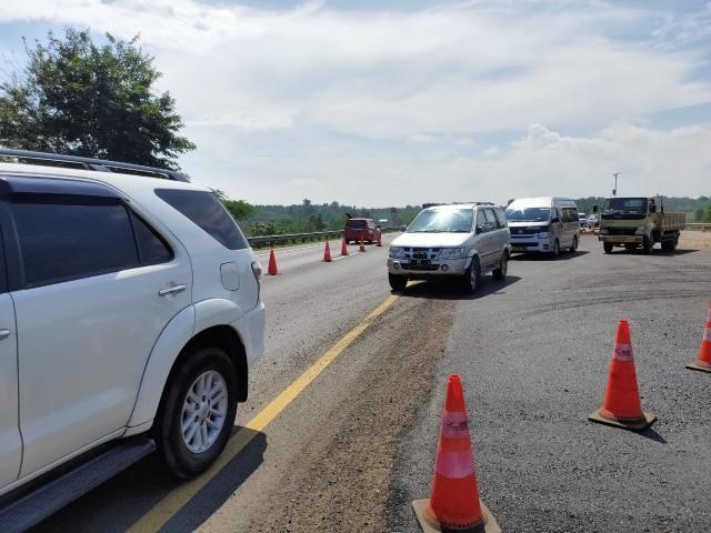 Proyek Jalan Sementara di Tol Cipali yang Amblas Ditargetkan Selesai 10 Hari  (32892)