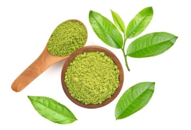 Ektrak Green Tea Dalam Makeup untuk Mengatasi Jerawat (86997)