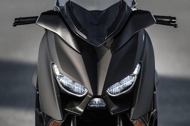 Yamaha XMAX Indonesia Punya Seragam Baru, Tantang Honda Forza 2021 (297838)