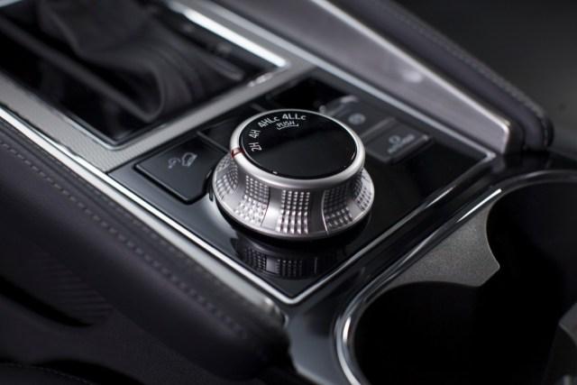 Yang Baru di Mitsubishi Pajero Sport Facelift, Modal Lawan Toyota Fortuner (694504)