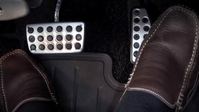 3 Kebiasaan Salah yang Sebaiknya Dihindari Pengemudi Mobil Matik (487957)