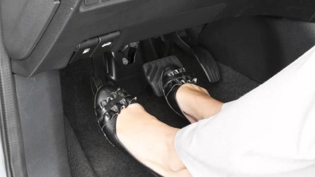 3 Kebiasaan Salah yang Sebaiknya Dihindari Pengemudi Mobil Matik (487956)