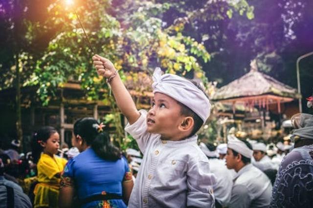 Pancasila Sebagai Pandangan Hidup Bagi Warga Negara Indonesia (64704)