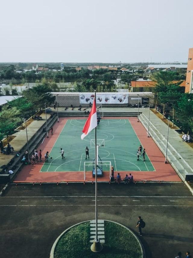 Pancasila Sebagai Pandangan Hidup Bagi Warga Negara Indonesia (64705)