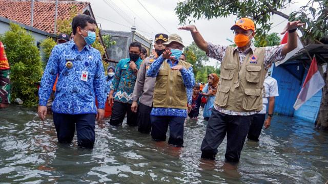 Ganjar soal Banjir di Semarang yang Tak Kunjung Surut: Salahkan Saya (185384)