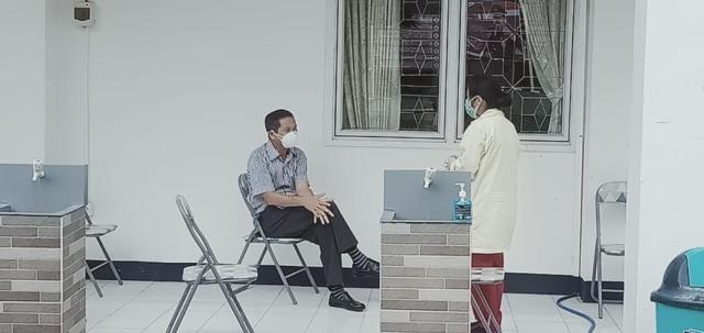 Mantan Bupati Manggarai Barat Batal Diperiksa Jaksa karena Positif COVID-19 (30974)