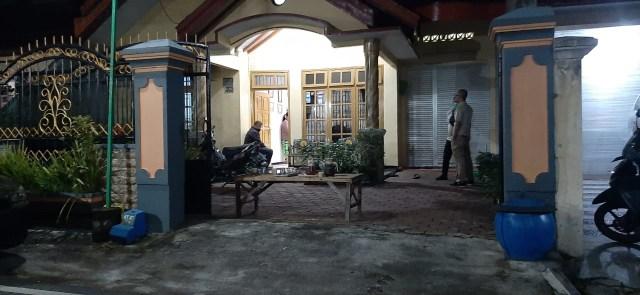 Sikat Emas Batangan, Maling di Malang Menyamar Jadi Petugas Disinfeksi (216194)