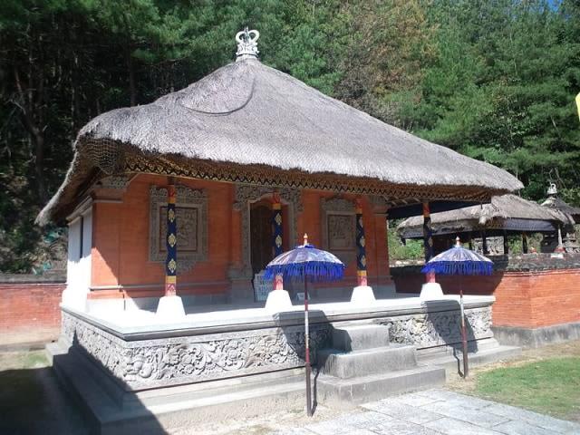 Mengenal Ragam Rumah Adat Bali dan Bangunan di Dalamnya (67677)