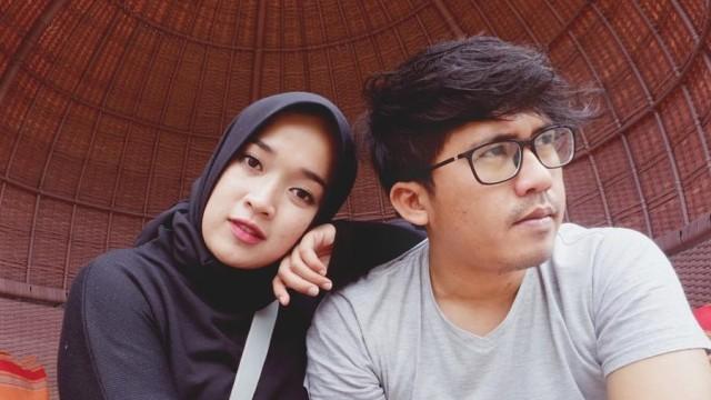 Diselingkuhi Selama 2 Tahun, Istri Ayus Sabyan Pendam Rasa Sakit Hati (32981)