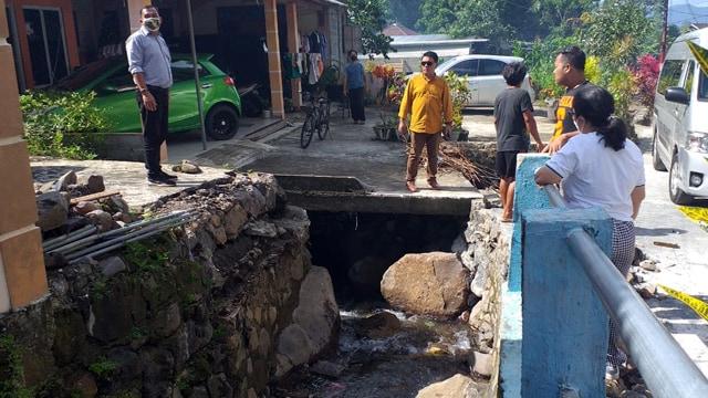 Komisi III DPRD Manado Rutin Gelar Kunjungan Wilayah Terdampak Banjir (75911)