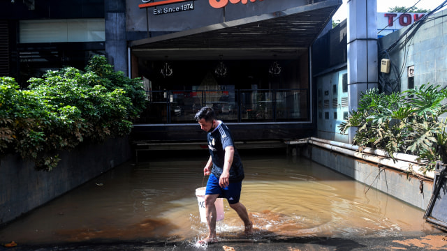 Ketua RT Rawa Buaya: Banjir Surut 24 Jam, Sayangnya Pak Anies Tak Punya Buzzer (45945)