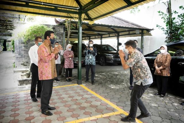 Menkes Cek Kesiapan Vaksinasi di Pasar Beringharjo hingga Benteng Vredeburg DIY (74527)