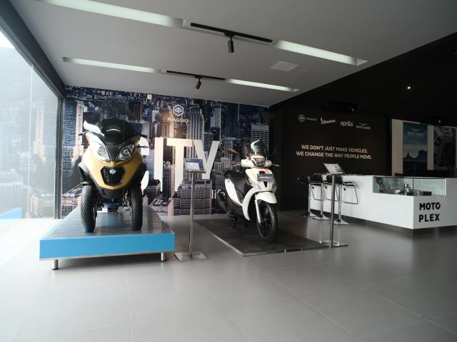 Mengintip Suasana Dealer Premium Piaggio Motoplex di Jakarta Selatan (70605)