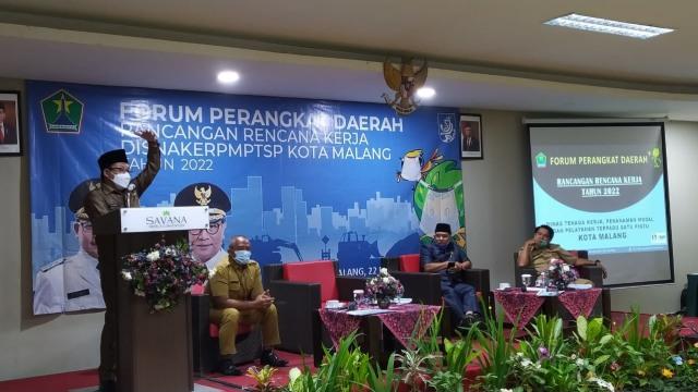 Wali Kota Malang Minta Disnaker PMPTSP Ringkas Birokrasi dan Permudah Investasi (251475)