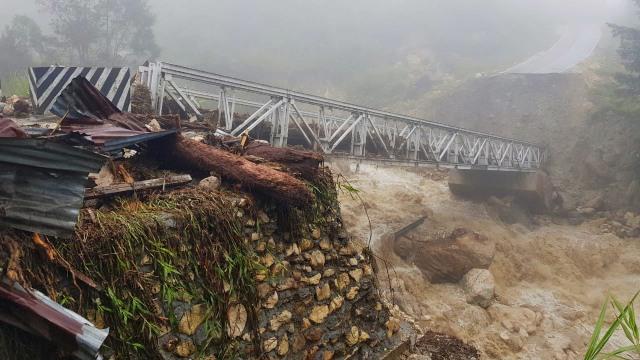 Jembatan Trans Papua di Yalimo Penghubung Antarkabupaten Putus    (85766)