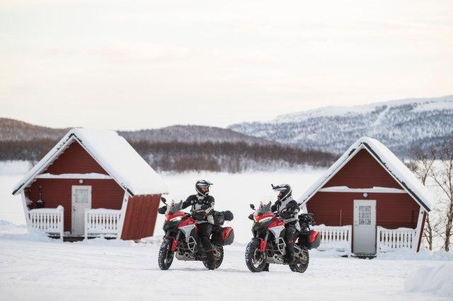 Perjalanan Epik Ducati Multistrada V4 Taklukkan Lingkaran Arktik Kutub Utara (50131)