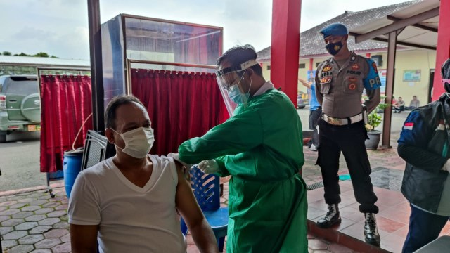 Polisi Blora Dapat Vaksin Corona (32513)