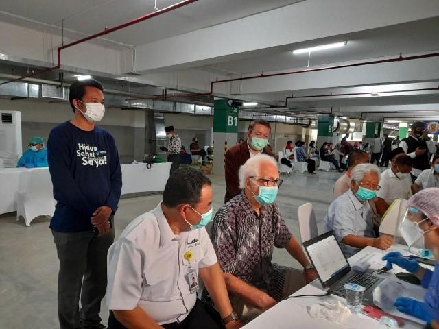 Ribuan Tokoh Agama Ikuti Vaksinasi COVID-19 di Basement Masjid Istiqlal (33265)