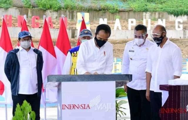 Di Hadapan Presiden Jokowi, Bupati Sikka Dorong Penegerian Universitas Nusa Nipa (34104)