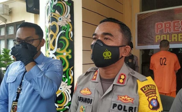 Gelapkan Uang Nasabah untuk Judi Online, Karyawan PT Adira di Kalteng Ditangkap (97380)