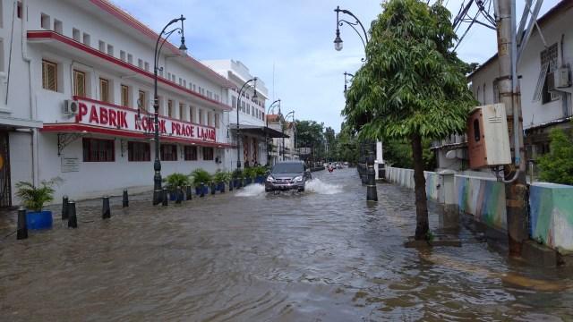 Ganjar soal Banjir di Semarang yang Tak Kunjung Surut: Salahkan Saya (185383)