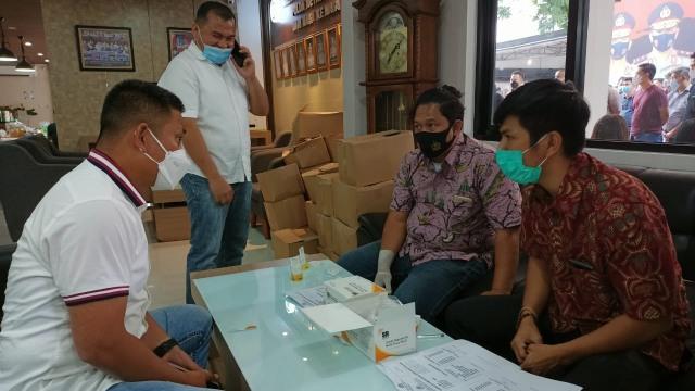 Polda Metro Jaya Gelar Tes Urine Massal untuk Anggota, Hasilnya Semua Negatif (126955)