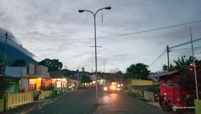 Lampu Jalan di Jailolo, Halmahera Barat, Sudah Sebulan Tak Menyala (61488)
