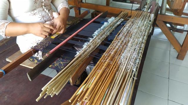 Menyalakan Harapan Endek Bali Bangkit Kembali (29491)