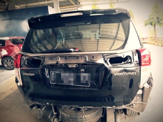 Kecelakaan 15 Mobil Miliarder Tuban Dipicu Jalan Sempit hingga Salah Injak Rem (56154)
