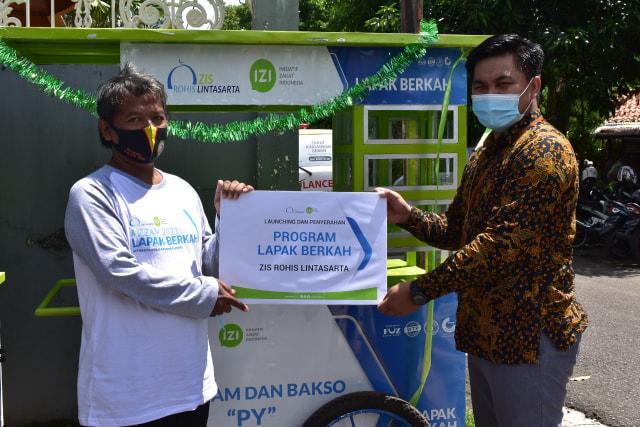 ZIS ROHIS Lintasarta dan Inisiatif Zakat Indonesia Bantu UMKM Disaat Pandemi (168867)