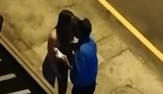 Bukannya Ditilang, Polisi Malah Cium Wanita Pelanggar Lalu Lintas  (4837)